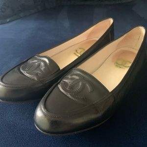 Vintage Chanel loafers/ flats